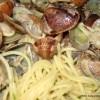 Špageti s vongolama ili nekim drugim školjkama