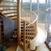 Tobogan oko stepenica