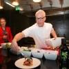 Rudolph van Veen servira jelo u Zagrebu