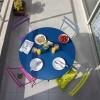 Minimalizam, duhovitost i jarke boje - savršen mali stan