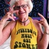 Upoznajte najzločestiju baku na Instagramu - Baddie Winkle!