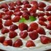 Torta s jagodama i mascarpone kremom