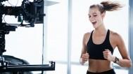 Karlie Kloss u reklami za Huawei