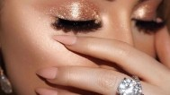 Video tutorial za glamurozan i svjetlucavi blagdanski make-up