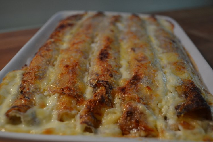 Zapečene slane palačinke sa sirom u pećnici