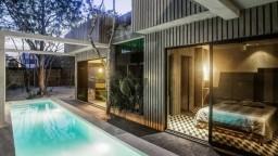 Elegantna kuća sastavljena od tri gotovo zasebna studija
