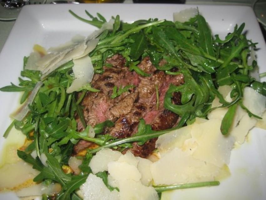 Biftek s rukolom