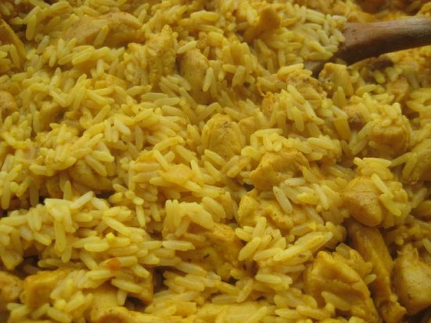 Rižoto s piletinom i curryem