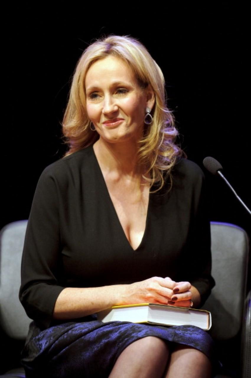 "J.K. Rowling ""Casual Vacancy"""