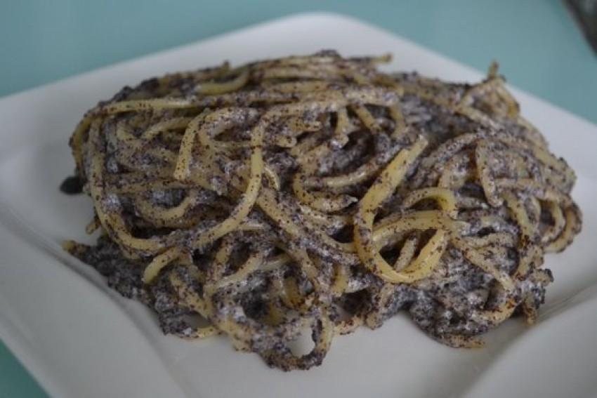 Špageti s makom vraćaju nas u djetinjstvo