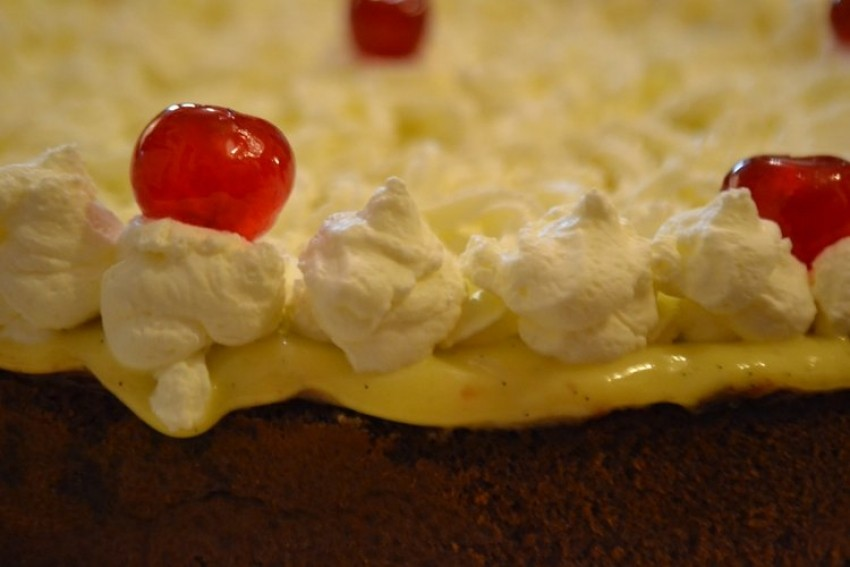 Zvonina čokoladna torta bez brašna