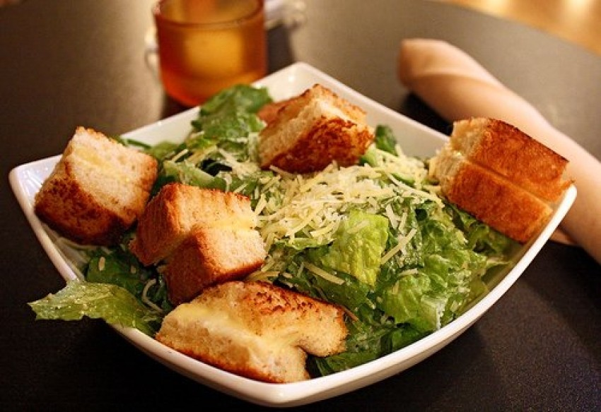 Jednostavna cezarova salata