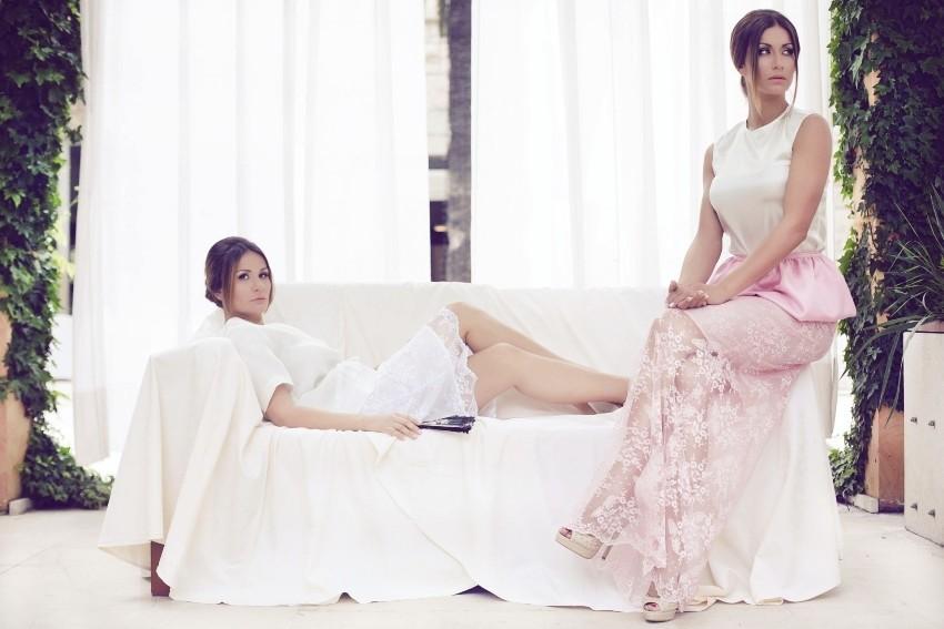 Prekrasna glumica Ana Gruica i sama dizjnerica Monika Sabklić u svojoj kampanji nakon rođenja drugog djeteta ispred objektiva glazbenika i pjevača Luke Nižetića