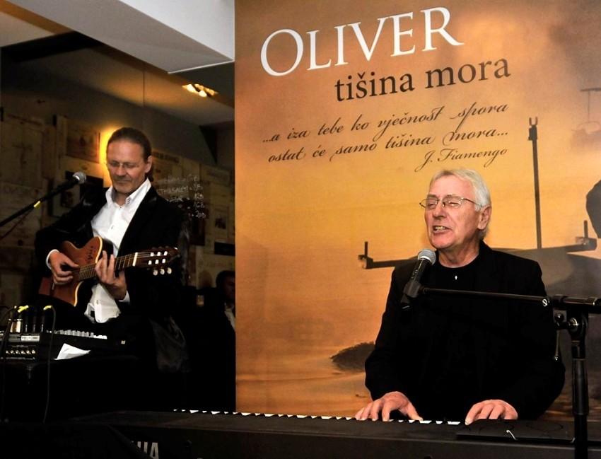 Oliver Dragojević i Tedi Spalato