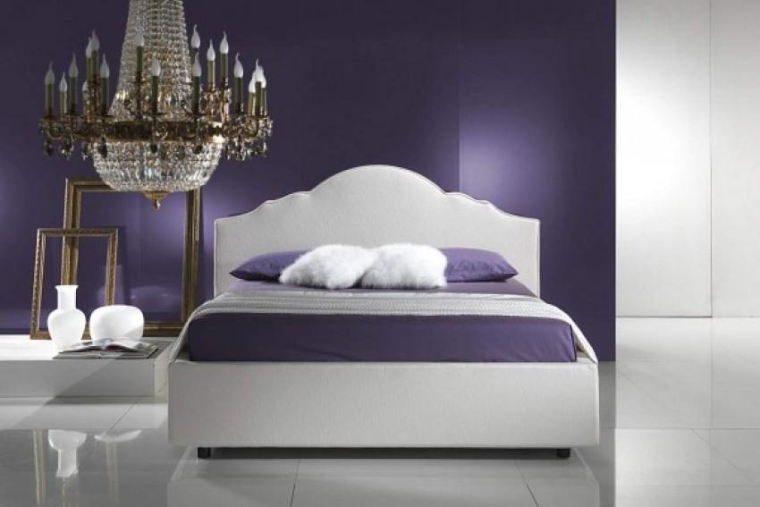 Ljubičasta spavaća soba