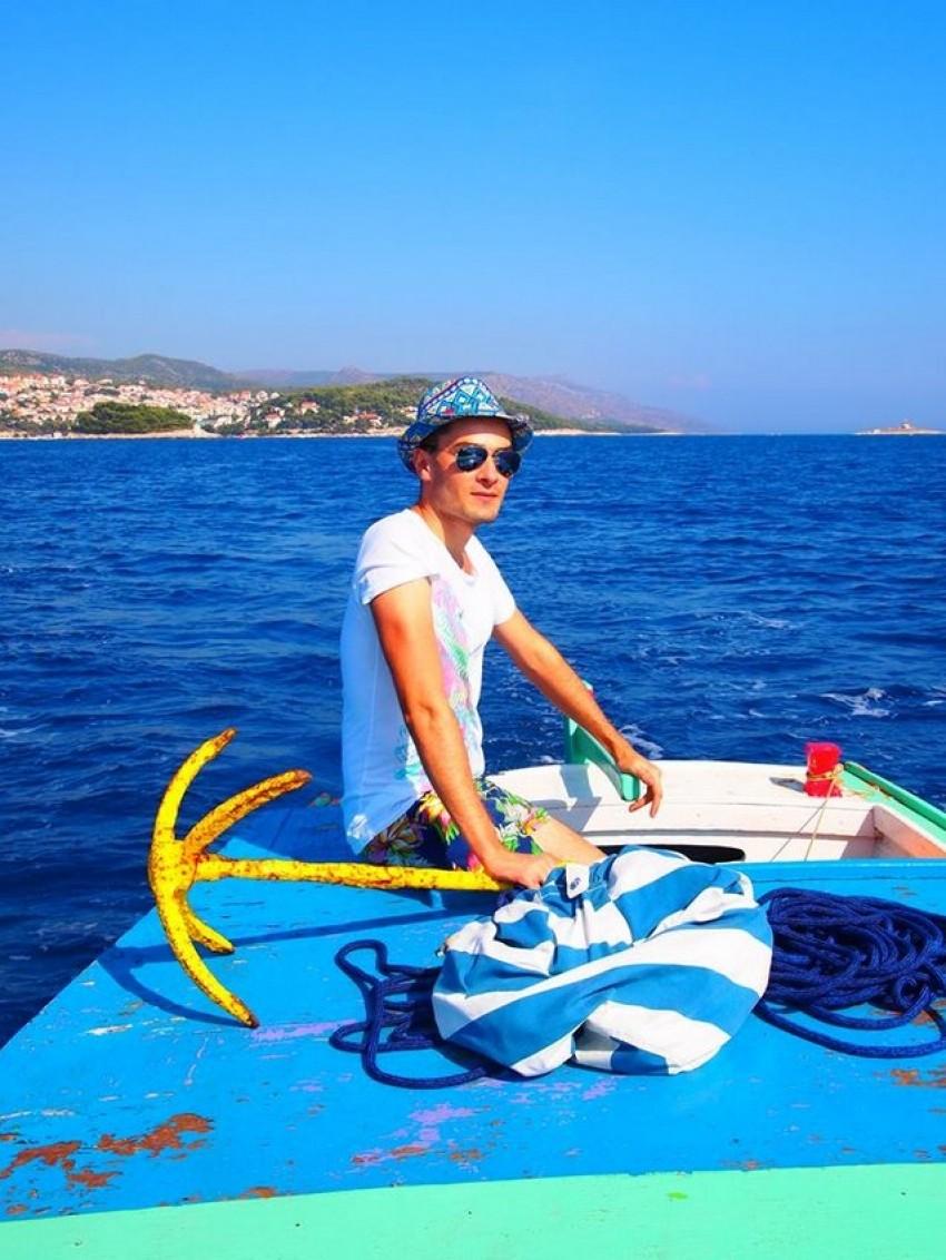 Toni Rico na svom brodiću Rico