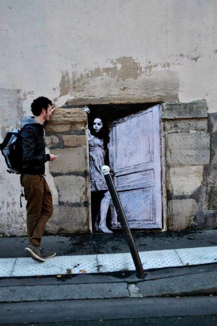 Pariz, Francuska, autor: Levalet