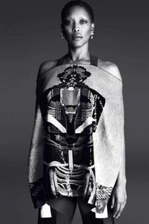 Erykah Badu za Givenchy
