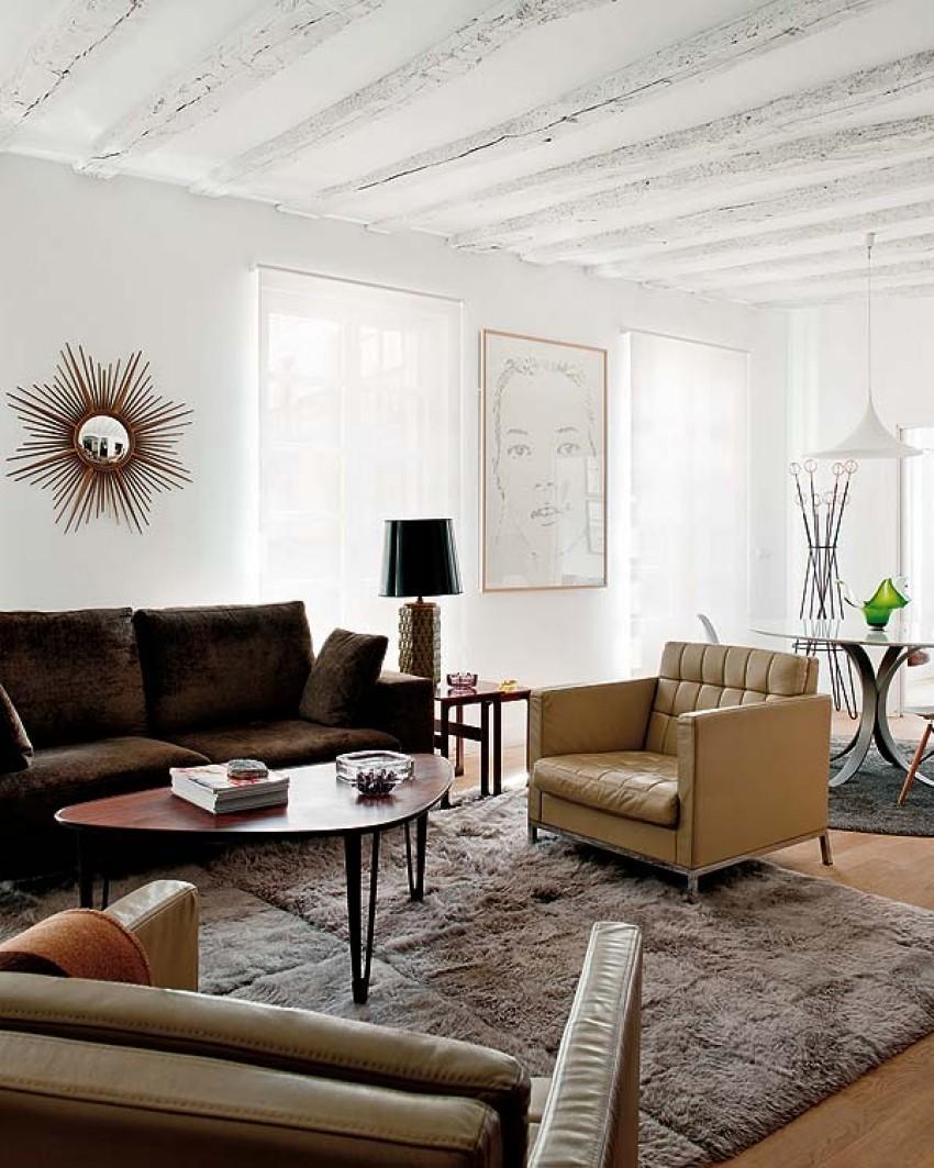 Renovirani stan u vintage stilu u Bilbau