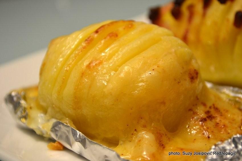 Harmonika krumpir iz pećnice