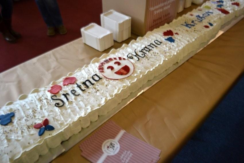 Ukrasi sa prošlogodišnje humanitarne akcije Udruge slastičara - Najduža torta