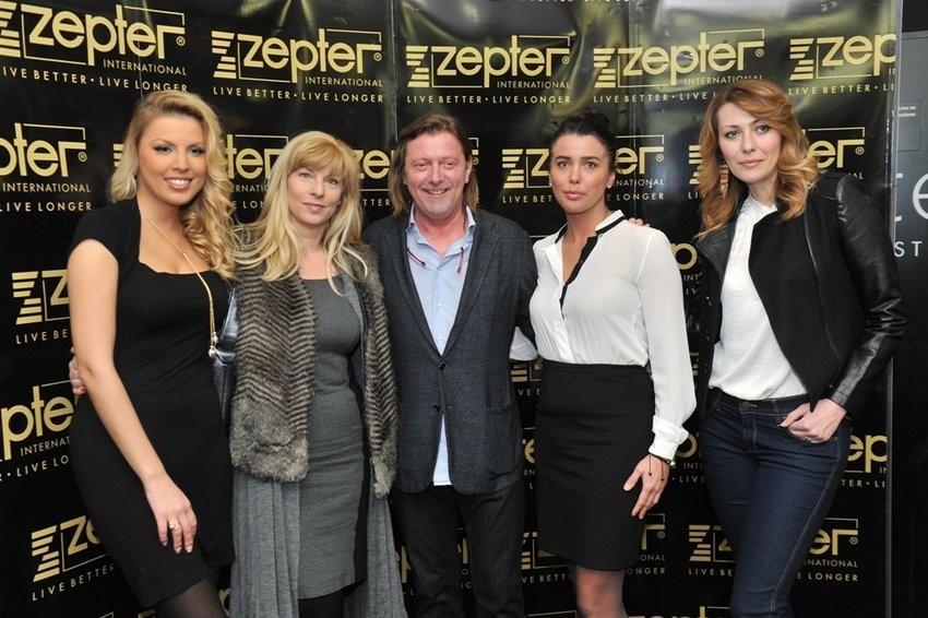 Predsjednik uprave Zeptera Blaž Buble, Suzy Josipović Redžepagić, Tina Katanić, Iva Kontek i Maja Kuljiš