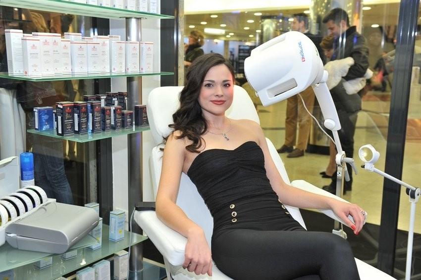 Meri Benčić na tretmanu Bioptron