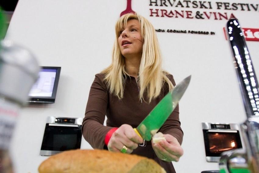 Suzy Josipović Redžepagić je kuhala na 1.Hrvatskom festivalu hrane i vina