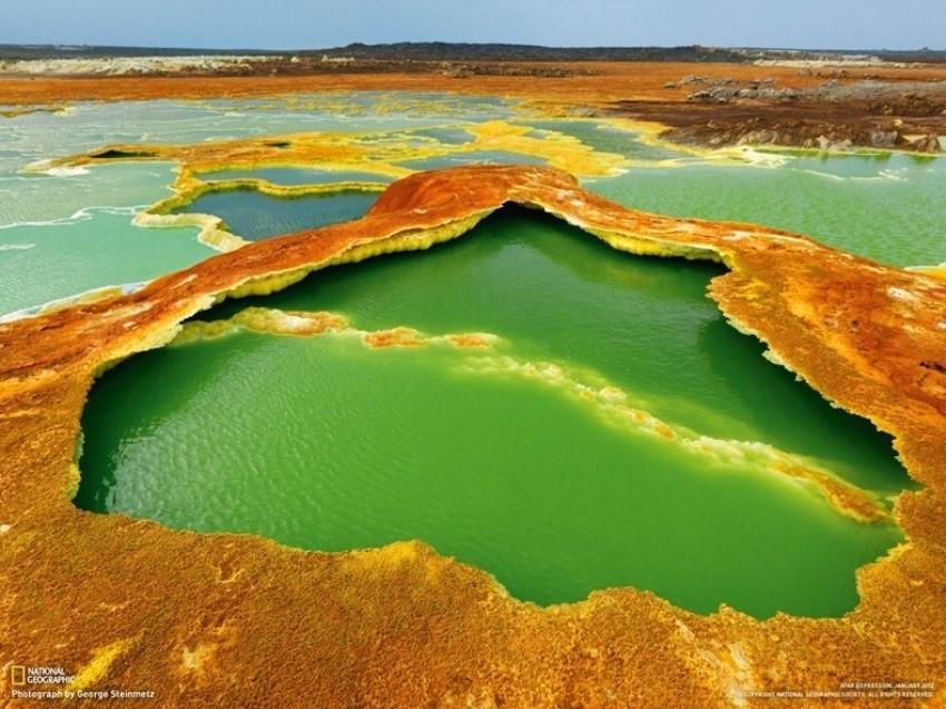 Kombinacija sumpora i algi stvara nevjerojatne žive boje u području Afarske depresije