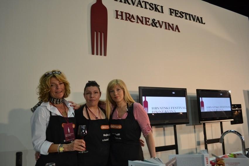 Suzy Josipović Redžepagić sa sestrom Lanom Brkić i prijateljicom Vesnom Kotlar