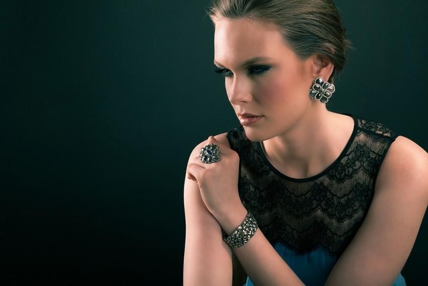 Kraljica maturalne večeri: Prekrasan asesoar za zaokružiti maturalnu priču