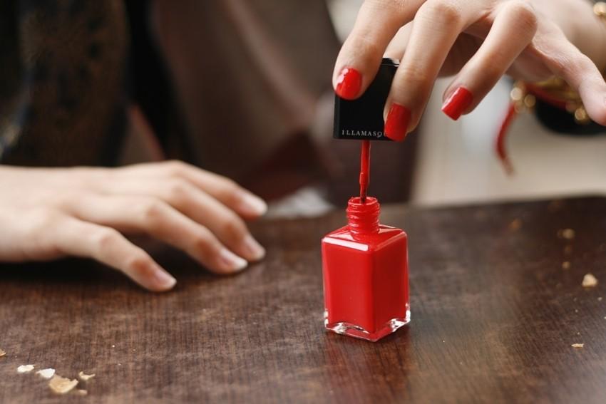 5 stvari kojih možete raditi s lakom za nokte