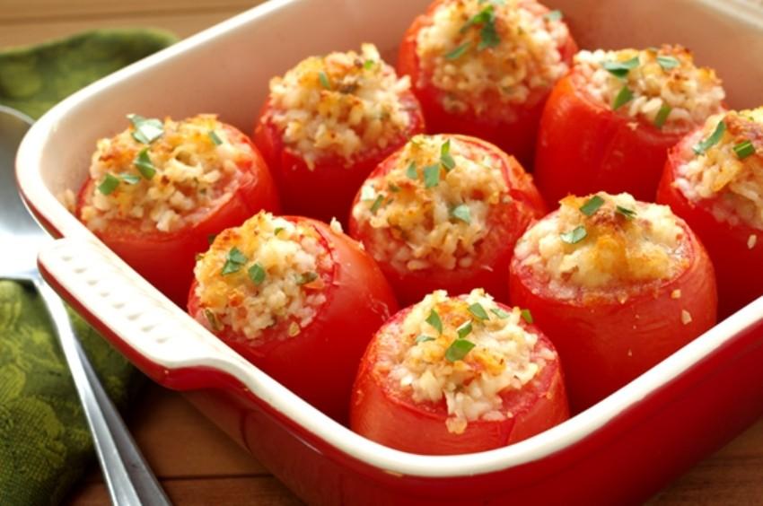 Zapečene rajčice punjene povrćem i ricottom