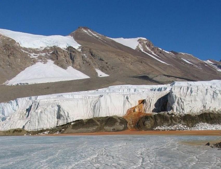 Taylor Glacier Blood Falls