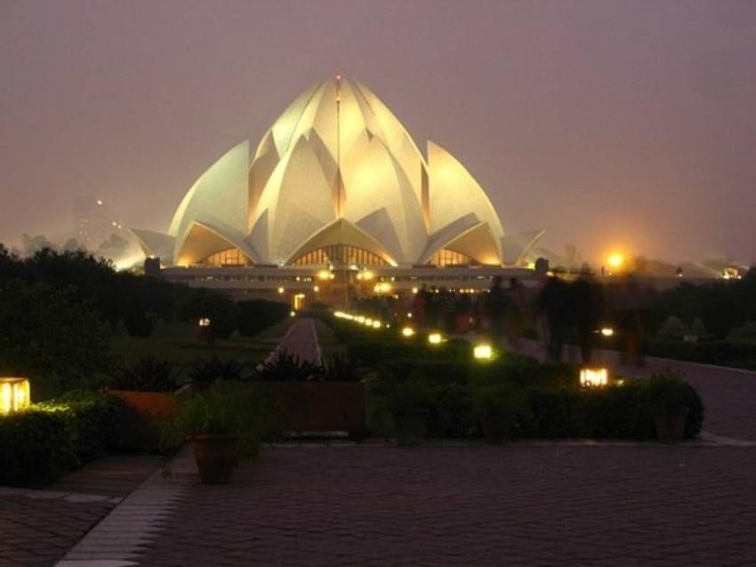 Bahá'í House of Worship a.k.a Lotus Temple (Delhi, India)