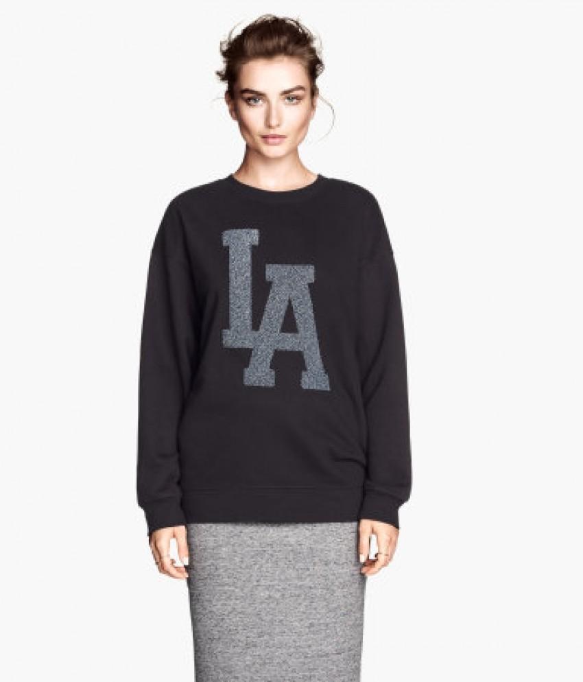 H&M Oversized Sweatshirt (199kn)