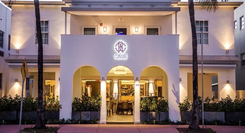 Zavirite u šaren Cavallijev lounge u Miamiju