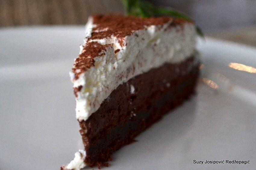 Crno bijela torta, Suzy Josipović Redžepagić