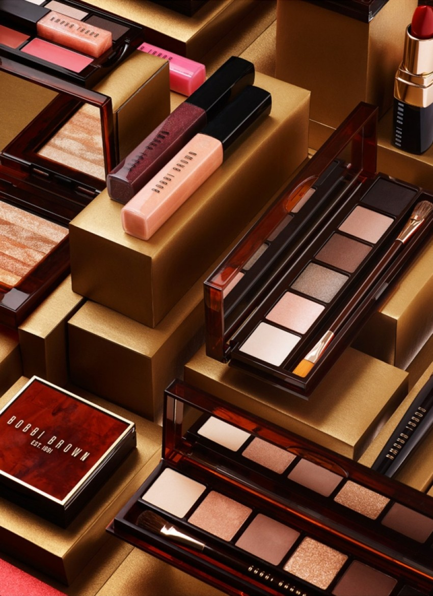 Bobbi Brown Holiday Gift Giving Collection