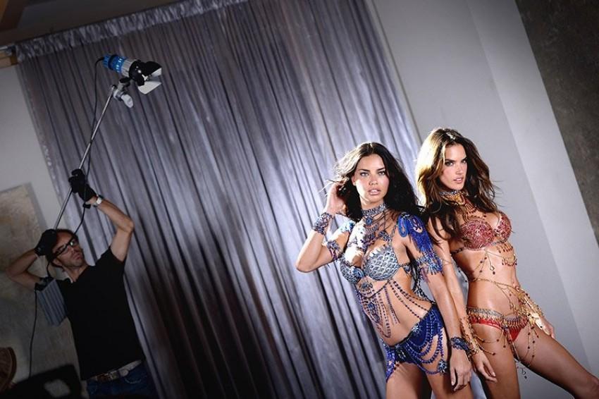 Adriana Lima & Alessandra Ambrosio