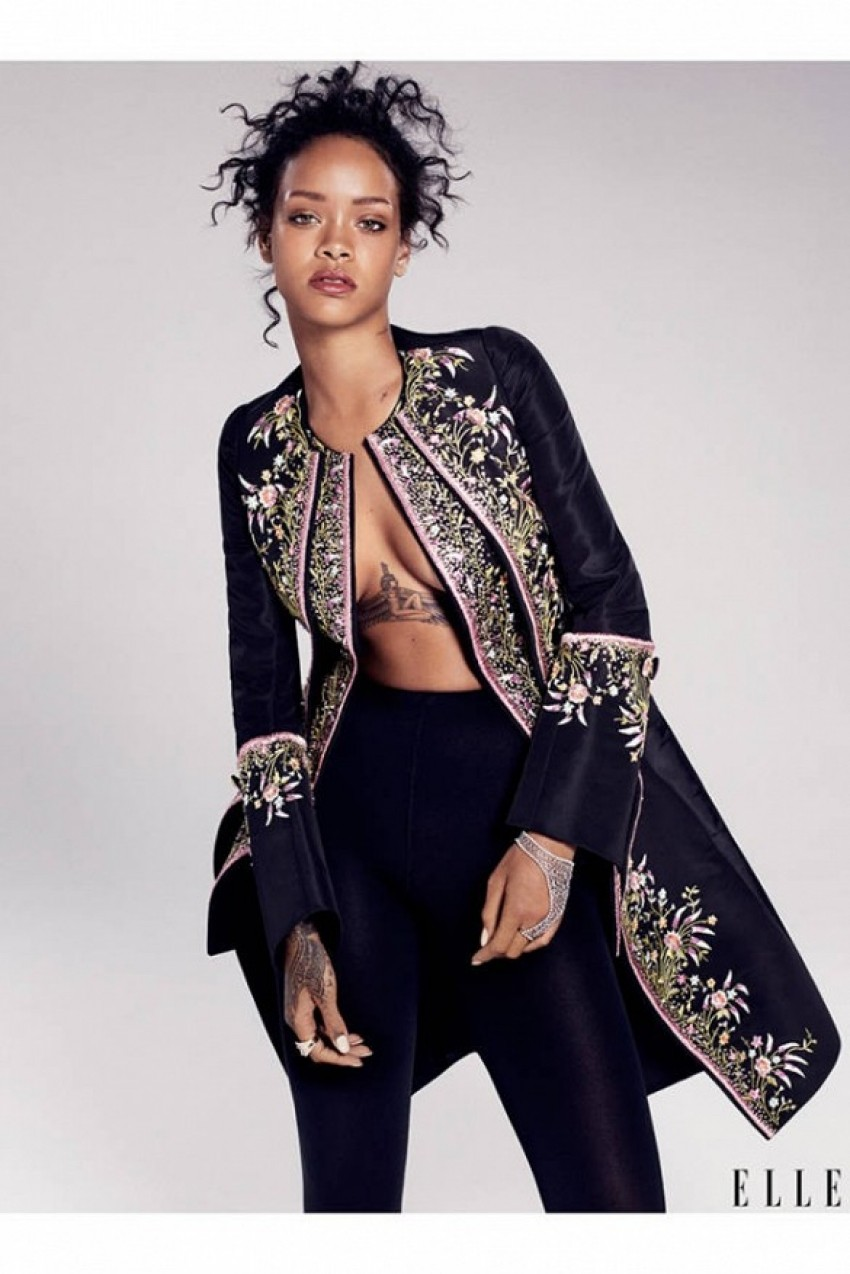 Rihanna za Elle