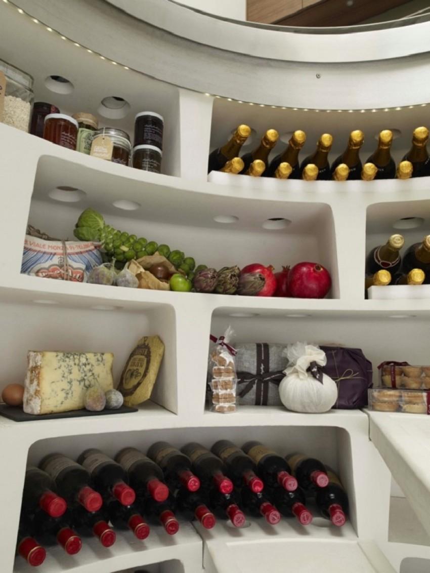 Spiralni vinski podrum