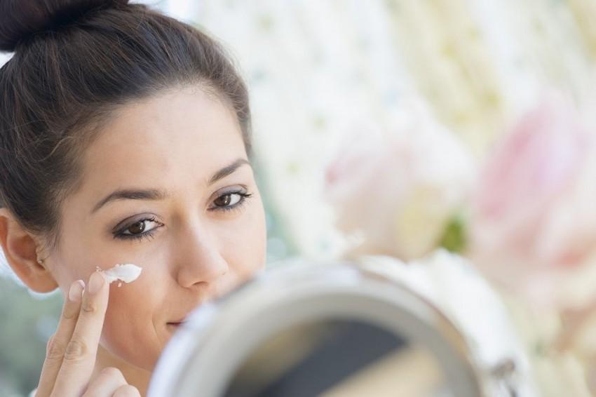 Kako pravilno nanijeti proizvode za njegu lica?