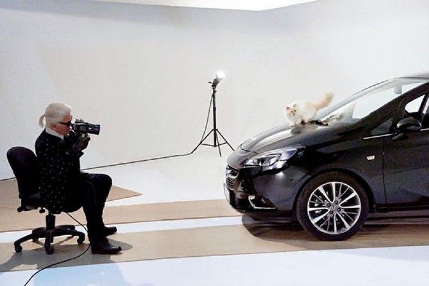 Choupette ponovno pozira - sada za Opel Corsu!