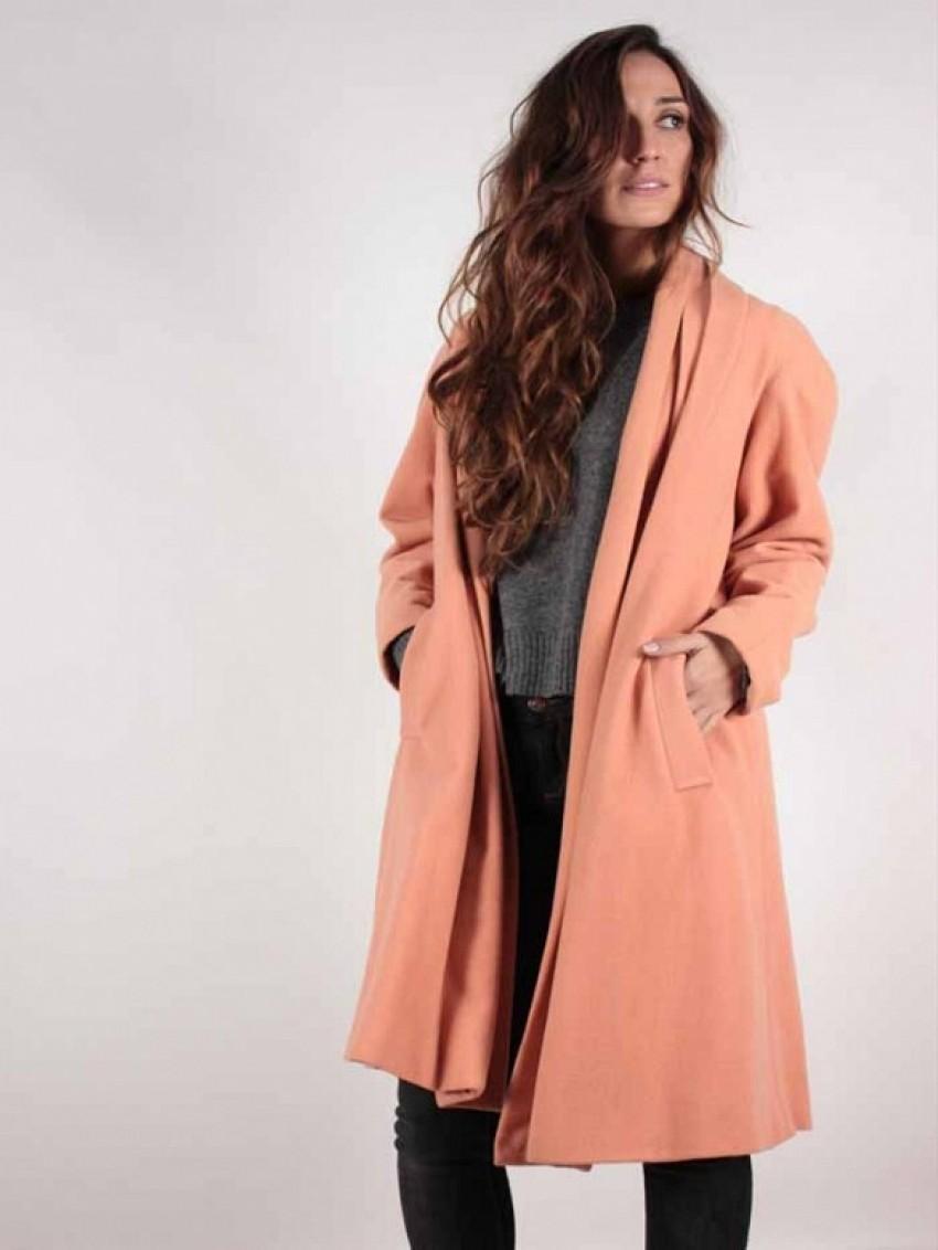 Avelinas Vintage Oversized Coat ($110)