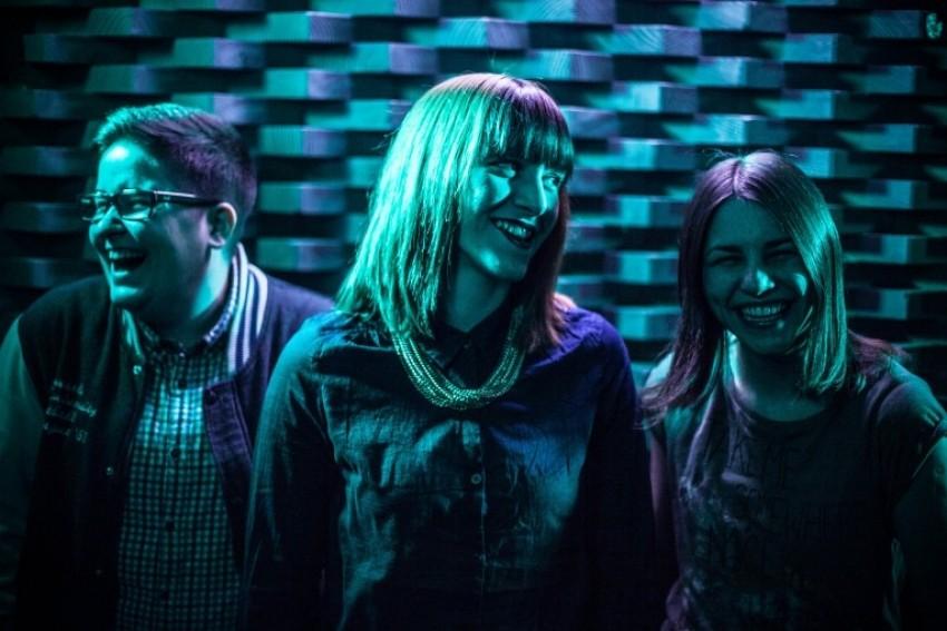 Girlpower: Obožavamo novu stvar domaćeg benda Punčke