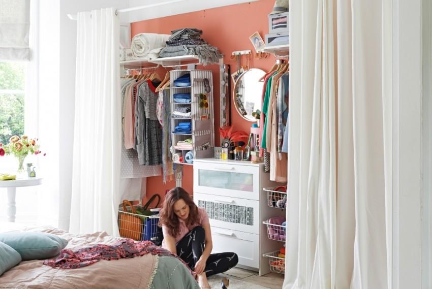 Sa samo jednim zidom i zavjesama možeš stvoriti svoj vlastitu garderobu