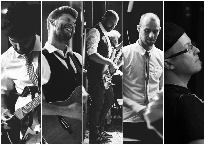 Ante Vidović (gitara), Ivan Vidović (lead vokal i gitara), Ivan Guljašević (bas, vokal), Mihael Vlah (veseli bubnjevi), Silvio Kranjčec (klavijature,harmonika, vokal)