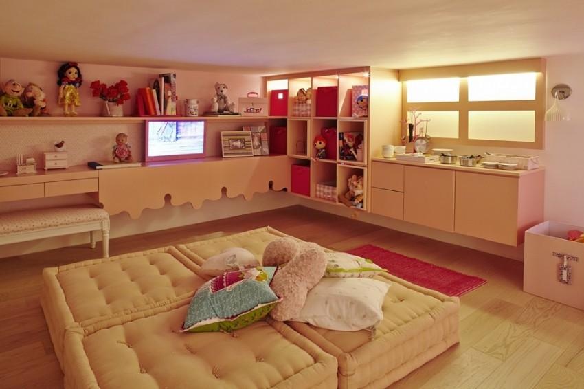 Dio dječje sobe s visinom stropa od samo 1, 60 cm