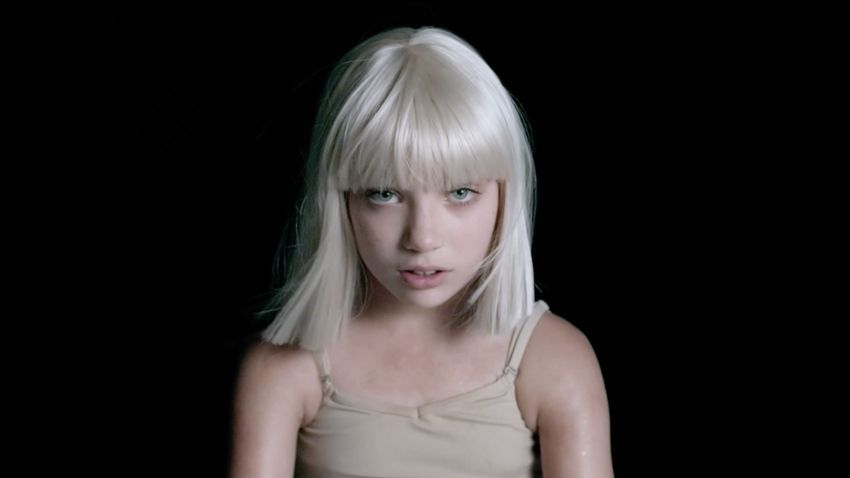 "Sia ima novi snažan spot s Maddie Ziegler ""Big Girls Cry"""
